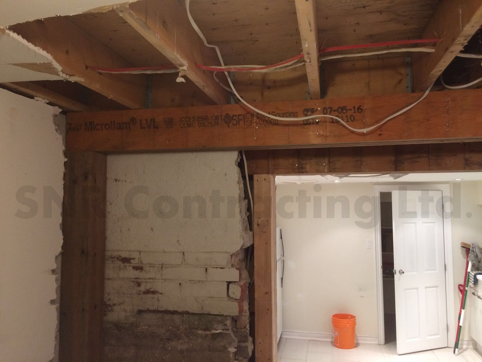Load bearing wall removal toronto snr contracting for Can a load bearing wall be removed